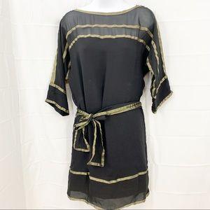 Diane von Furstenberg 100% SIlk Black & Gold Dress